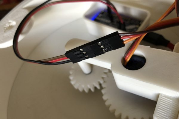 Servo and gears for Wind Data